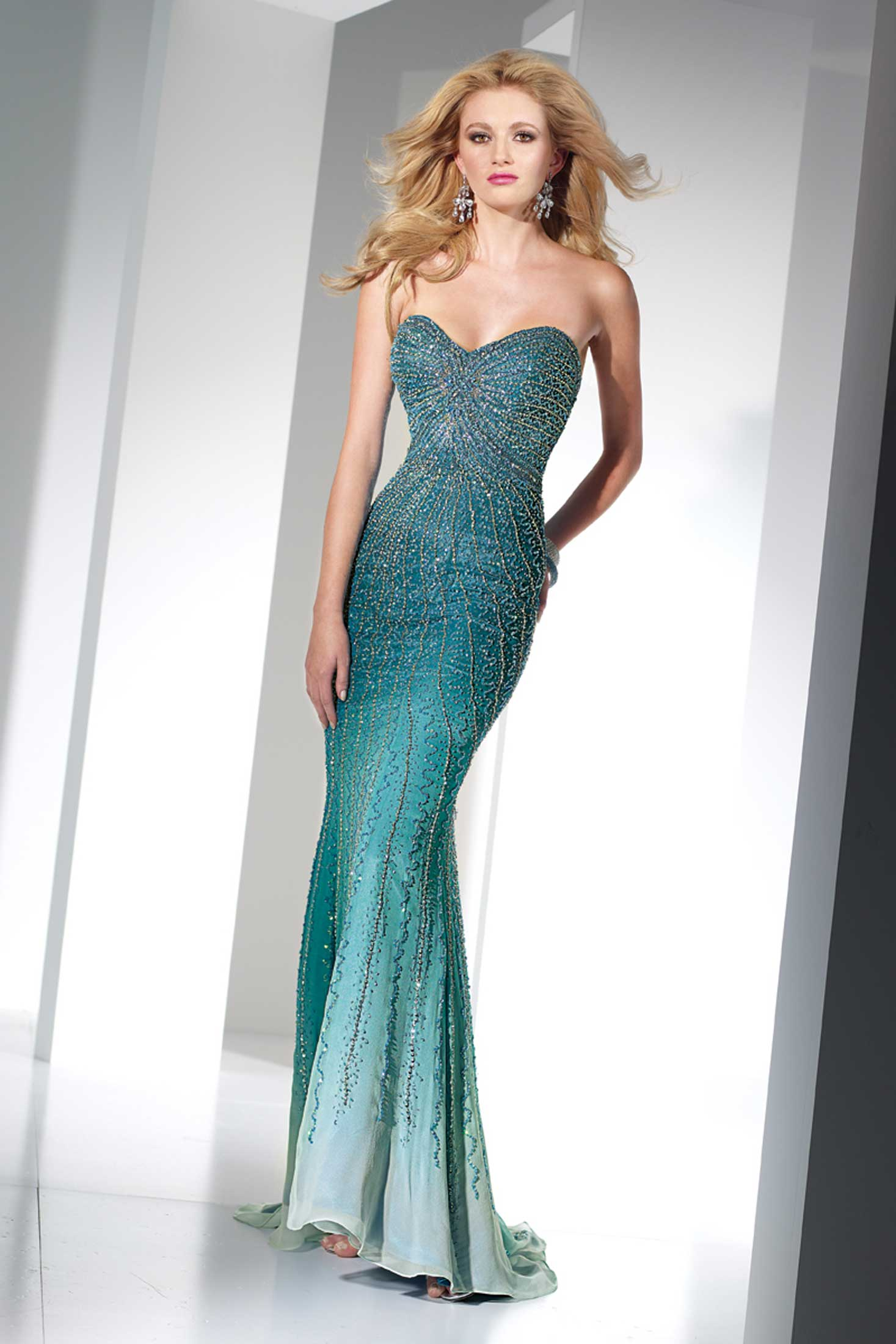 Primp and Pamper Yourself to Prom Dress Perfection! | STRUTTING IN ...
