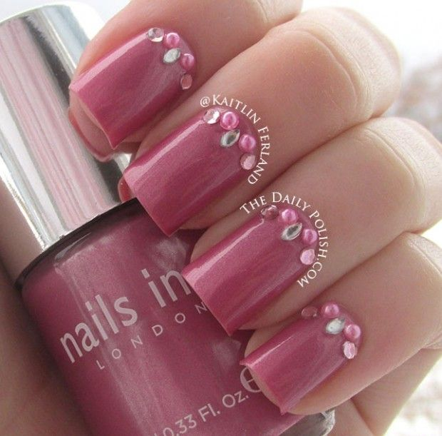 Posh, Bedazzling Fingernails With More Than Nail Polish! | STRUTTING ...