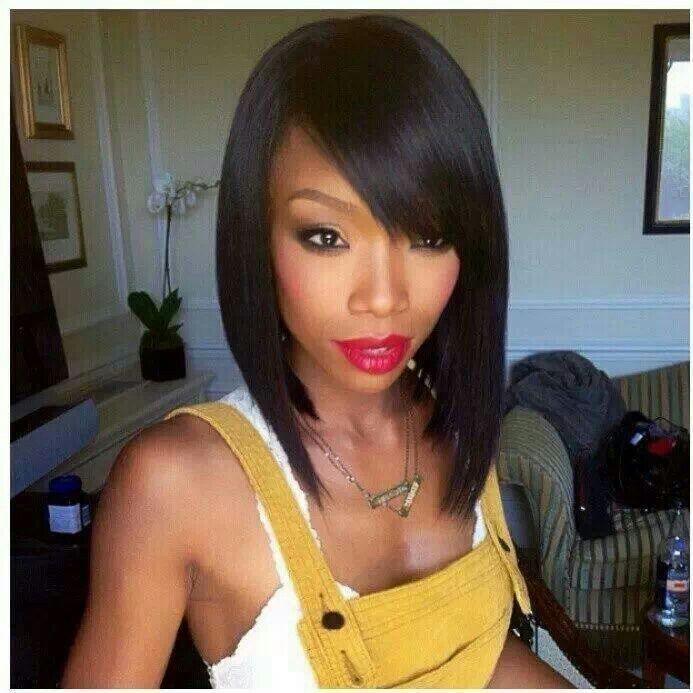 Pleasant Hobnob In The Latest Trendy Hairstyle The Bob Strutting In Hairstyle Inspiration Daily Dogsangcom