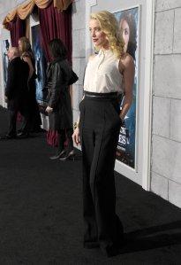 Amber-Heard-wore-high-waisted-pants-black-carpet-LA