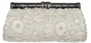 bead_lace_bridal_clutch-e1330132959364