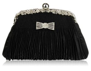 black-clutch-purse-11