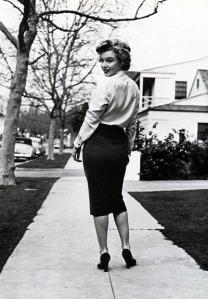 marilyn-pencil-skirt