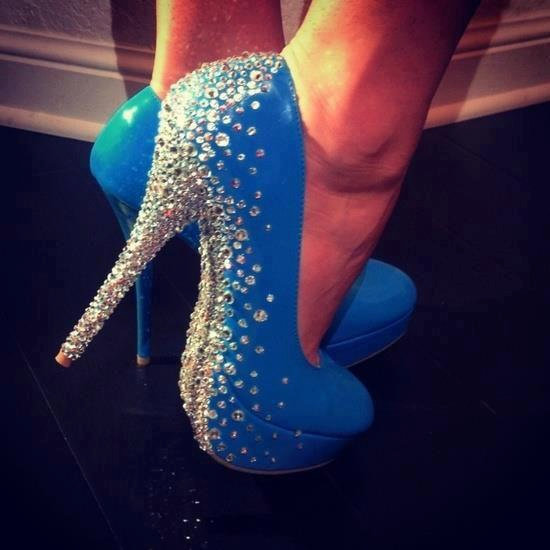 cf5deea18950 You don t have time to bedazzle your own signature shoe style