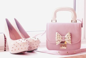 2vcrnw-l-610x610-bag-shoes-purses-studs-pastel-cute-shoes+bag-heels-spike