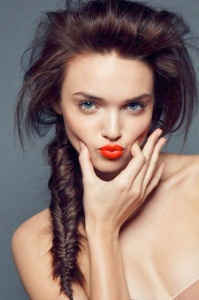 5 Stylish Alternatives to Classic Red Lips_1