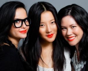 Trendy-Neon-Orange-Lipstick