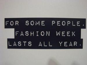 all-black-and-white-clothing-fashion-fashion-week-Favim.com-355873