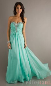 mint-color-prom-party-outfit