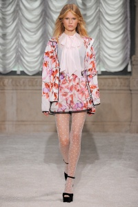 094b-spring-2015-trends-florals
