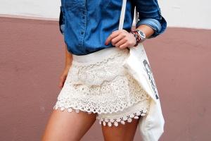 denim-lace-crocheted-skirt-red-lipstick-styling2