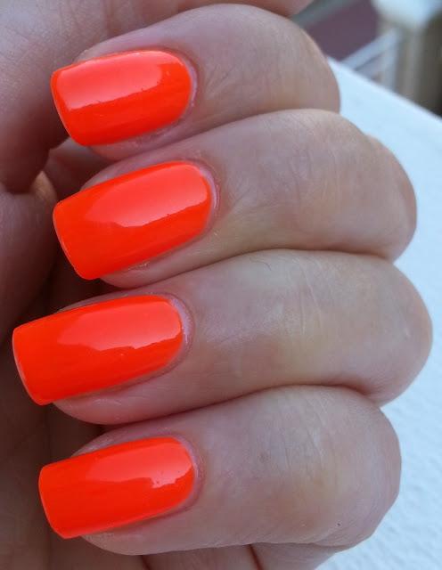 easy-paris-cosmetics-nail-varnish-neon-orange (1)   STRUTTING IN ...