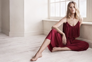 mango-latest-spring-collection-2015-for-women-and-Anna-Ewers-poses-for-it-10