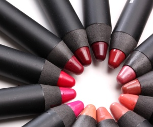 NARS-Satin-Lip-Pencil-picture-circle
