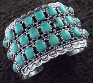navajo-turquoise-cuff-bracelet