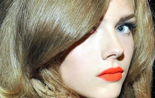 Orange-lipstick-shade