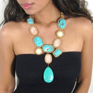 Turquoise-Jewelry-Accessories-Can-Present-The-Luxurious-And-Royal-Looks
