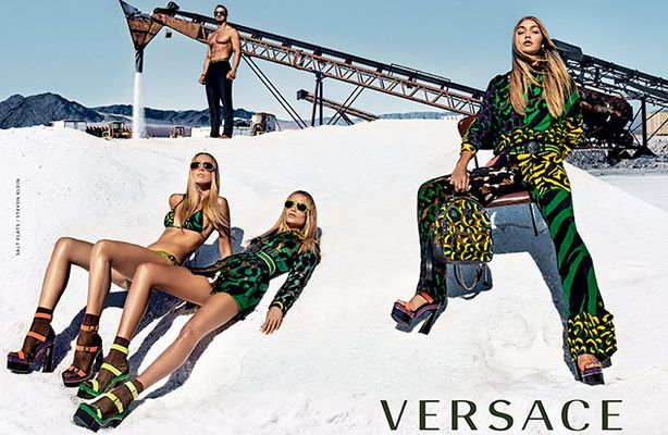 versace_ss16_ad_campaign_