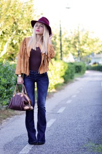 WOMEN-FASHION-FOR-THIS-WINTER-HATS-1