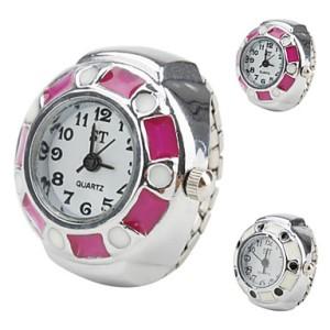 women-s-circle-shaped-style-black-alloy-analog-quartz-ring-watch-assorted-colors_iprjhk1340104217177