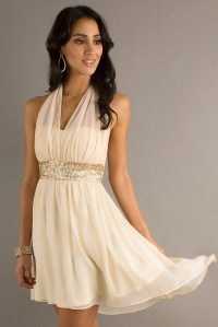Chiffon%20Halter%20Neck%20Sequins%20Homecoming%20Dress