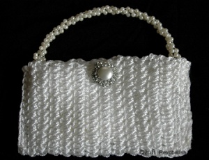 White-Crochet-Purse2