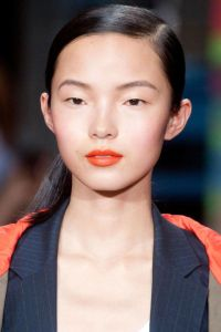 54bbc80873043_-_hbz-orange-lipstick-01-bright-orange-dkny-ss2014-lg
