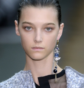 Celine%20FW2014%20single%20statement%20earring
