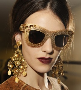 Dolce-and-Gabbana-FW-2014-mosaic-women-collection-the-sunglasses-and-earrings