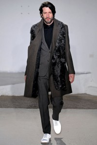 maison-martin-margiela-fall-winter-2013-collection-runway-show-03