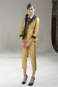 Gold-Pant-Suits-For-Women-1
