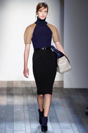 fall-sweater-skirt-look-victoria-beckham-fall-2013