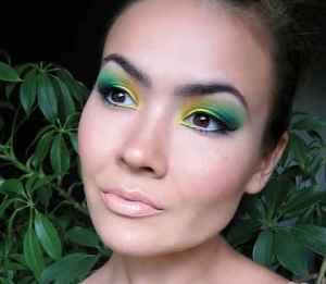 Green-Pink-Party-Eye-MakeupGreen-Smoke-Glittery-Glam-Party-EyesGreen-party-eye-makeupPRETTY-PARTY-EYEStargazer-Glitter-Eye-Dust-0