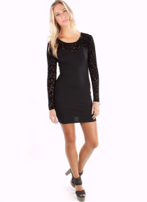 long-sleeve-little-black-dress