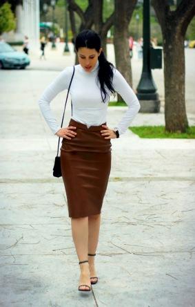 turtleneck-pencil-skirt-heeled-sandals-crossbody-bag-watch-original-10971