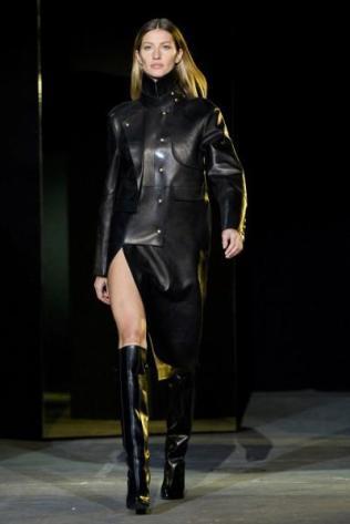 Fashion-Alexander-Wang-Fall-2012-_JPEG-0cb33-400x600