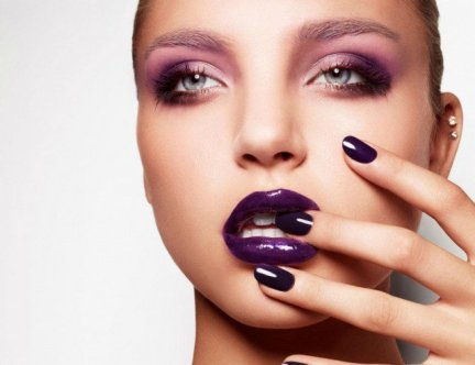 Purple-Lips-with-Pink-Eye-Shadow