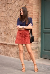 6_-knitted-top-with-suede-skirt
