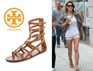 Ashley-Greenes-Tory-Burch-Reggie-Flat-Gladiator-Sandals