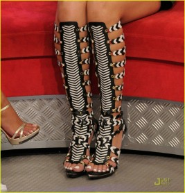 rihanna-balenciaga-high-gladiator-sandals