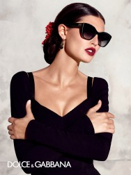 dolce-and-gabbana-summer-2015-sunglasses-women-adv-campaign-021