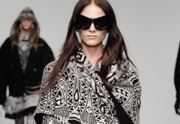 ktz7-linda-farrow-sunglasses-aw13-london-fashion-week-ktz-catwalk-crop-685x475