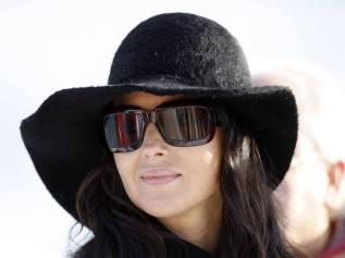 monica-bellucci-sunglasses-24_zps3a3c8a87