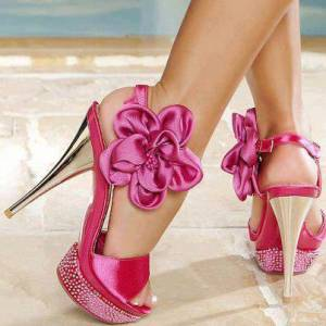 359768-shoes-pink-high-heels