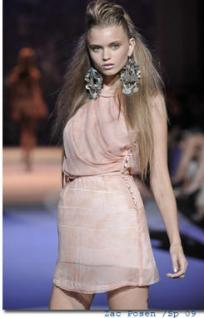 Chandelier-Earrings-the-big-drop-in-jewelry-is-back_feature_article
