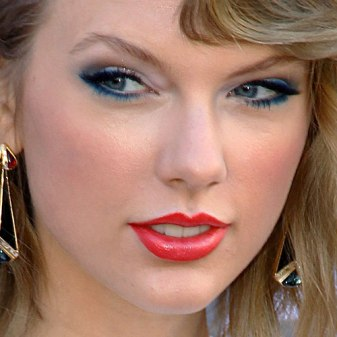 taylor-swift-makeup-2014-acm-awards