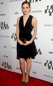 5-Emma-Watson-Little-Black-Dress-with-Red-Lips