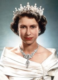 PKT 853 - 75362 LP3D QUEEN ELIZABETH PORTRAITS SEPTEMBER 1951 HRH Princess Elizabeth, photographed at Clarence House.