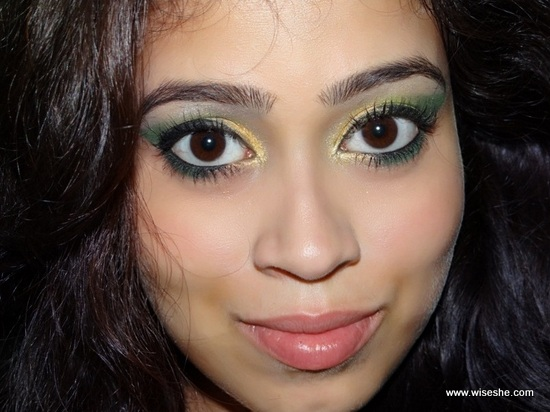 green-gold-Festive-Eye-Makeup