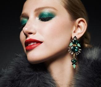 Green_eye_makeup
